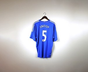 Chelsea FC Soccer Jersey Signed by Snoop Dogg