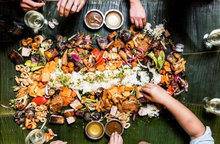 Filipino Kamayan Feast Eaten with Your Hands: In San Francisco, California