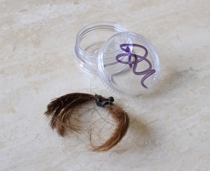 autographed-container-of-rick-springfield-s-hair